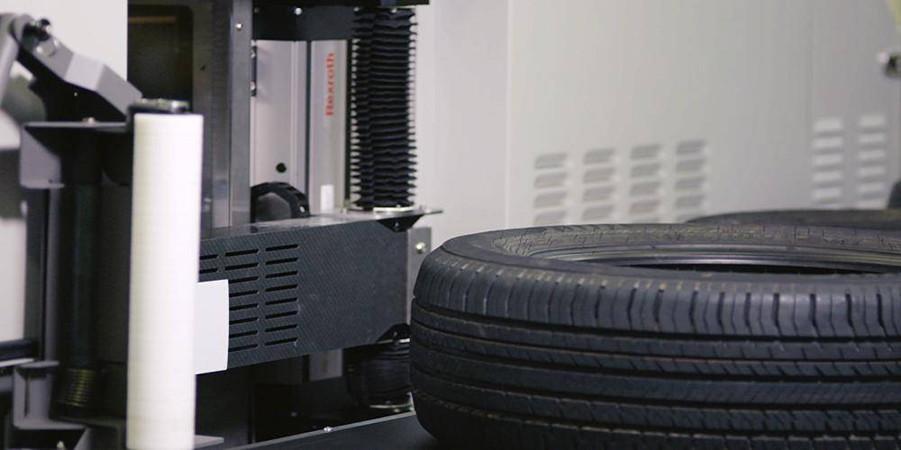 O que considerar na hora de escolher entre um sistema de etiquetagem automatizado e manual?